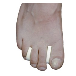Toe Separators J-44 foam 1/4 inch (100 per package)
